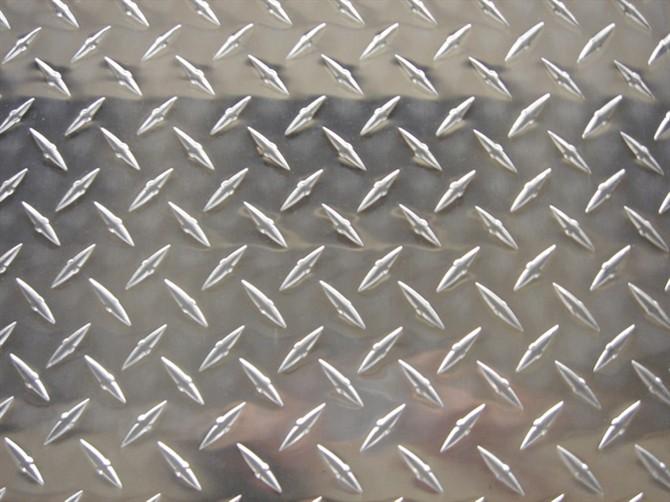 花纹铝板加工途径与用途